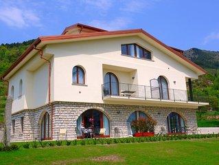 Große Villa in mitten von Natur und ohne Stress! Nur 10 Min. vom Gardasee