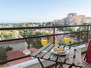 Luxury 2 BR apartment w/pool, sleeps 4 - Panoramic view of Cascais