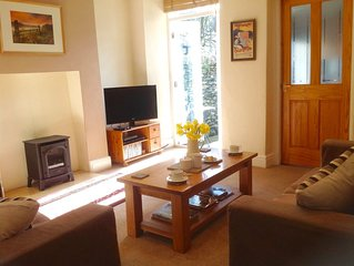 Traditional Lakeland Slate Cottage, Pets Welcome