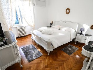 Favola apartment in Bellagio with WiFi & air conditioning.