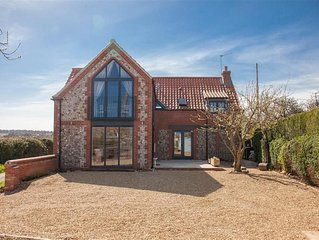 A wonderful newly renovated cottage offering stylish open-plan living