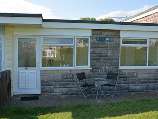 Sandown Chalet, Tranquil Coastal location, perfect base to tour the Island