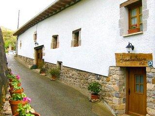 Casa rural (alquiler íntegro) Juanbarterena para 10 personas