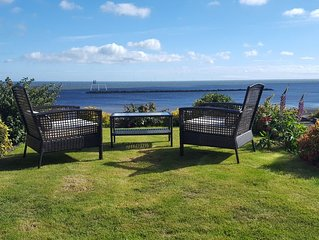 BAY VIEW. Outstanding Full Sea Views.