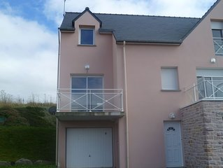 Beautiful Townhouse With Sea Views For Comfortable Family Holiday