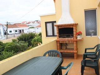 Casa/Apartamento com varanda, a 2 Km from Baleal, totalmente equipado