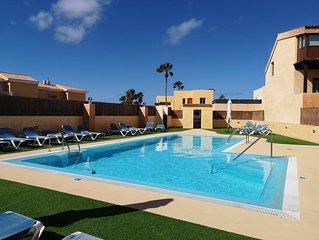 VILLACELIA una alojamiento cómodo y tranquilo.  villa confortable and quiet.