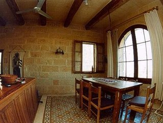 Romantisches Landhaus, 10 Pers., 4 Schlafzimmer, privater Pool, Meerblick, Wifi