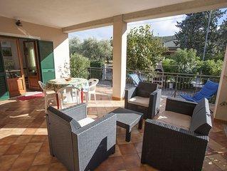 Villa Rosa 4/6 posti letto a Marina di Campo con giardino