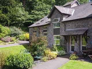 Gilpin View - Two Bedroom House, Sleeps 4