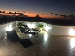 Aurora Tropical - A Luxury 3 Bedroom Apartment In Gibbs, St. Peters, Barbados
