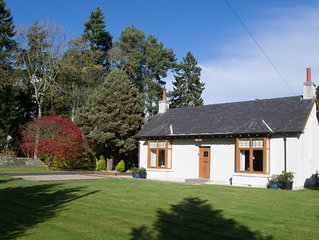 Millbank Cottage - a lovely holiday home with a large garden