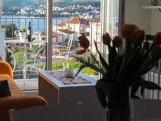 Comfortable two-bedrooms apartment with heated pool 1