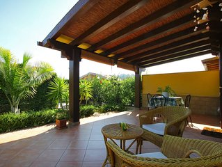 BEACH side villa for a SEA holiday near Cefalu, 2 bedrooms, Wi-Fi, AC & Garden