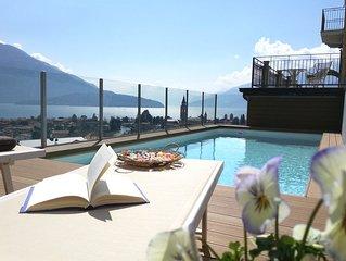 'Villa Perla del Lago' : vista spettacolare sul lago, piscina, max 14 persone