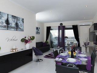 Marsascala Luxury 2 Bedroom Apartment 5 mins away by walk to beach!