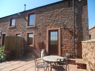 Stable Cottage - Sky television now available