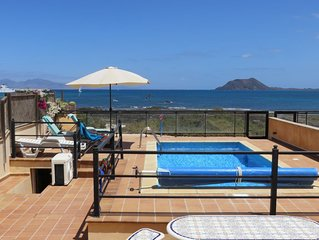 Beach front villa with private, heated pool, Corralejo