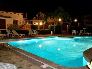 Sea side apartment with POOL, Terrace with SEA VIEW, WiFi, near Cefalu Palermo