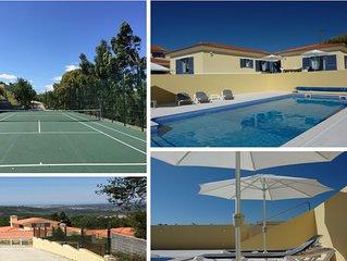 Eine Villa  mit privatem Pool und privatem Tennisplatz, einzigartig gelegen