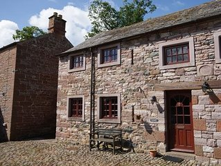 18th Century Westmoreland barn conversion sleeps 4, pets allowed. Morland East o