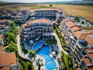 2 Zimmer 65qm Apartment fur 4 Personen, in Vineyards SPA Resort in Sonnenstrand