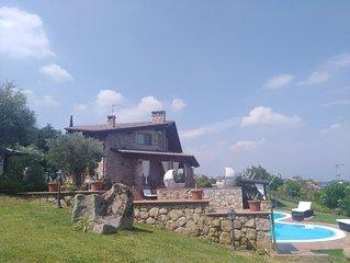 VILLA  vista lago con piscina ,centro benessere,il lusso sul lago di Garda