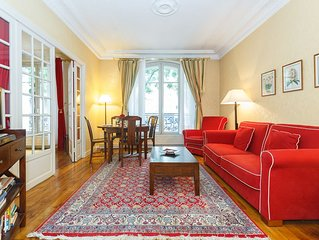 Clair de Lune-Beautiful two bedrooms apartment in the heart of Montmartre