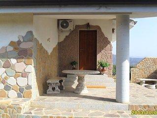 Urlaubsfeeling pur in ruhiger Umgebung Ferienwohnung auf Olivenhain mit WLAN!