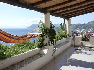 Eolie - Meravigliosa villa tipica vista mare terrazza giardino