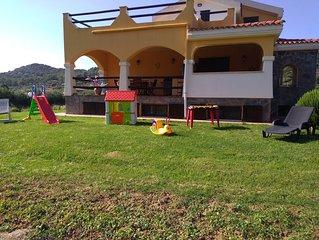 Villa caratteristica  , dotata di ogni confort a 5 minuti da Alghero