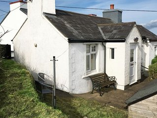 Colloway Cottage - One Bedroom House, Sleeps 2