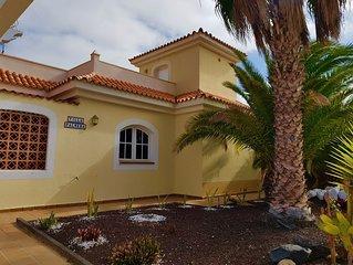 Four bedroom Villa on Campo de Golf, Caleta de Fuste with Private Pool