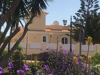 Beautiful villa with  pool access ,  Wifi,  near to Beach, Hotels, Golf and Town