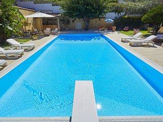 Villa Natino with pool and garden