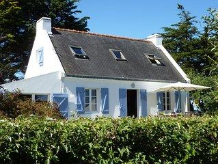Sfeervol Bretons huis met voor en achter uitzicht op zee en dichtbij strand