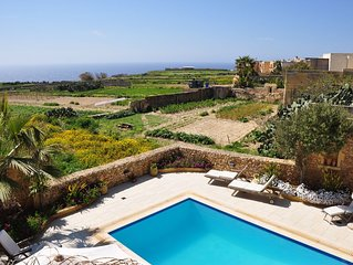 Villa/farmhouse with private pool and stunning sea, country views and sun sets