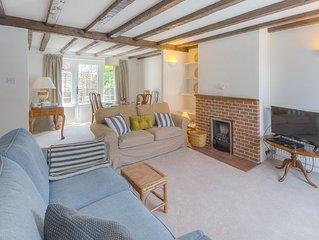 10 King Street - family house in Arundel