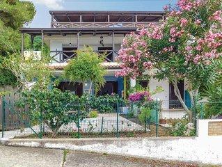 2 Zimmer Unterkunft in Parghelia