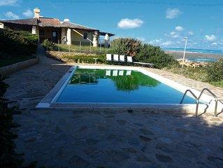 Villa Fresia con giardino e piscina privata, vista mare, 9 p.l.