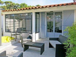 Vacation home in La Tranche - sur - Mer, Vendee - 5 persons, 3 bedrooms