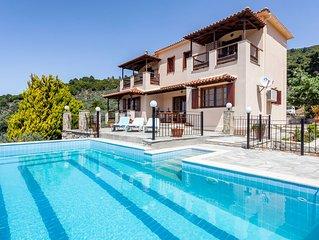 Villa Papearethos - Amazing Villa with Private Pool