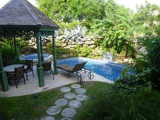 The Crane - deluxe 2BR Garden suite with 23 foot pool