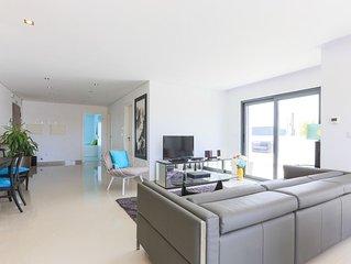 Apartamento Penthouse T2 | D WAN DELUXE - AC | Com Piscina & Jacuzzi