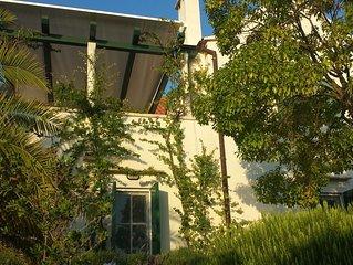 Last Minute Sonderangebot: Villa mit tollem Garten direkt am Meer