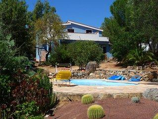 Villa 8 personnes ,  vue mer , avec piscine .
