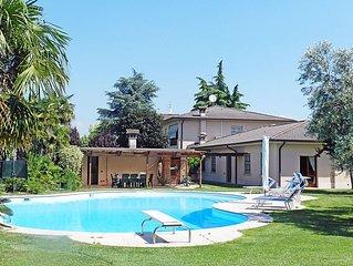 Apartment in Lonato del Garda, Lake Garda, Italy
