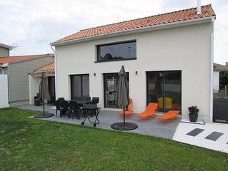 Maison neuve tout confort a 400m de la plage avec grande terrasse