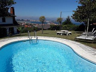 Chalet con piscina,barbacoa, fantasticas vistas,wifi gratis y cerca de la playa.