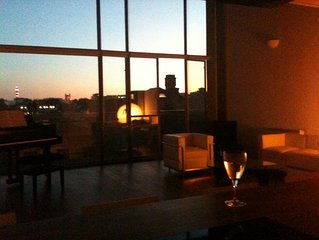 Canal Side Loft apartment In Shoreditch - Central London
